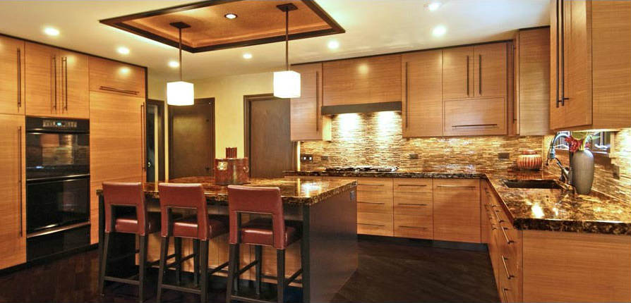 Дизайны семейных кухонь